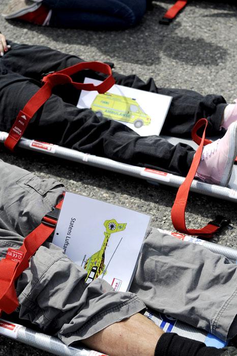Disse plansjene markerer hvilke pasienter som er sendt avgårde med luftambulanse og hvilke som er sendt avgårde i vanlig ambulanse.