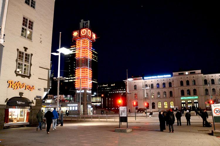 Oslo 12.01.2013.Jernbanetorget med trafikantentŒrnet.FOTO: JOAKIM S. ENGER