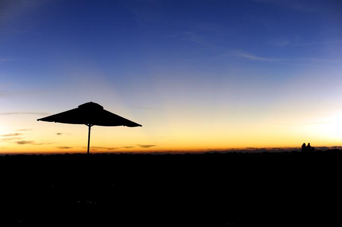 Solnedgang i miri lørdag kveld.